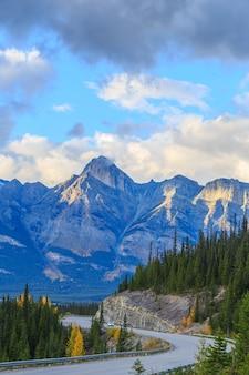 재스퍼 국립공원의 아이스필드 파크웨이 캐나다 알버타