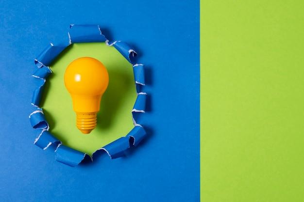 전구와 아이디어 개념