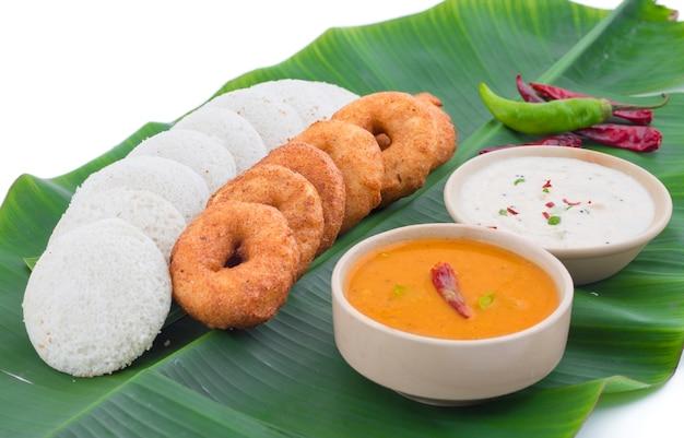 Idli vada南インド料理