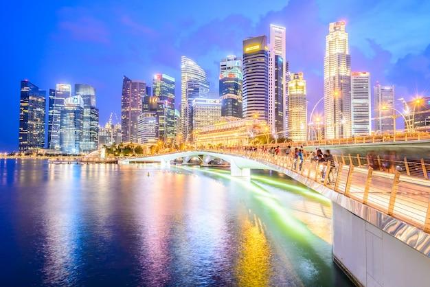 Illuminated twilight landmark wheel water