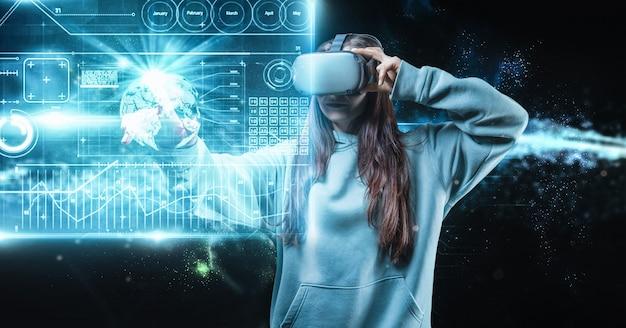 Изображение женщины в очках виртуальной реальности, нажимающей кнопки Premium Фотографии