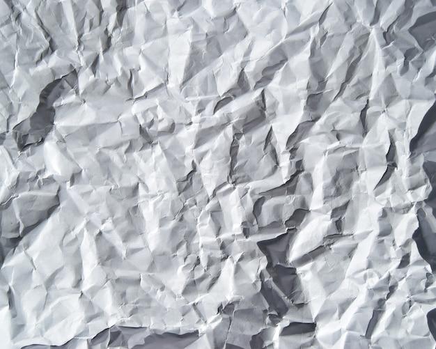 직접 또는 흰색 배경으로 사용할 수있는 구겨진 종이 질감의 이미지
