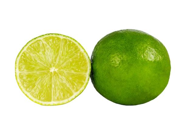 흰색 배경 위에 절연 녹색 라임의 이미지