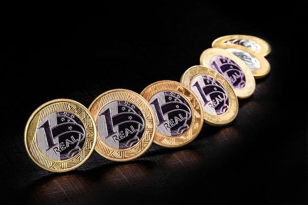 1つの本物のコインの画像、ブラジルからのお金