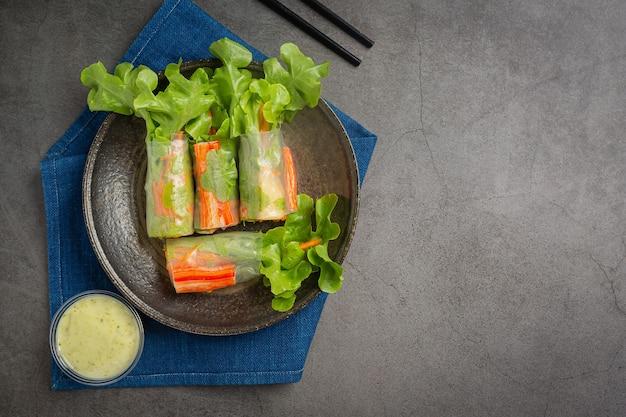 Imitation crab stick fresh vegetable salad rolls