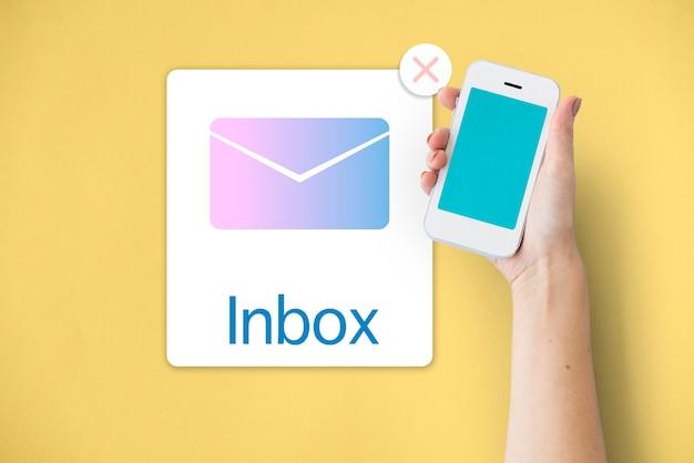 Concetto di posta elettronica di notifica di comunicazione della posta in arrivo