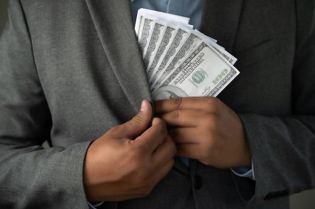 収入とビジネスバンキングのinetwork接続米ドルとお金の腐敗は、利益、保釈、犯罪に資金を提供します