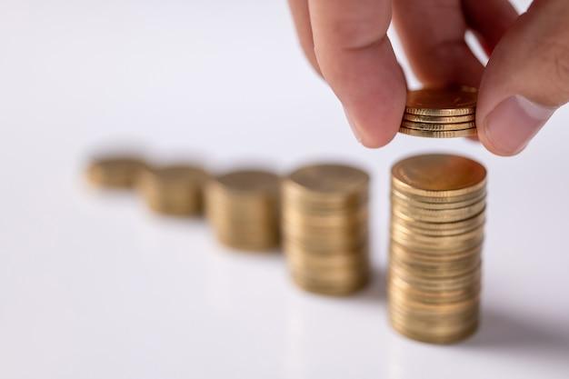 저축 늘리기, 손으로 동전 쌓기