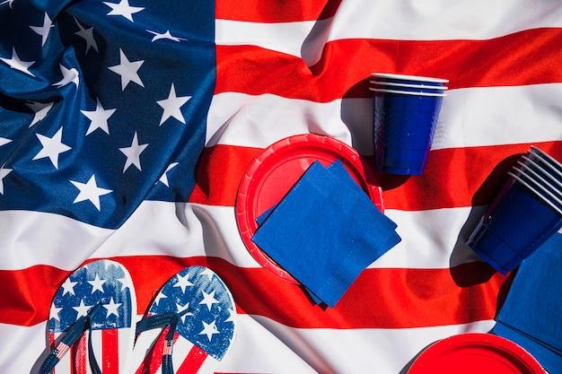 Composizione del giorno dell'indipendenza con elementi