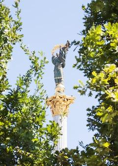ウクライナ、キエフの独立記念塔