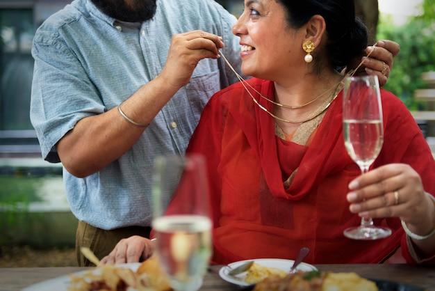 インドのカップルの愛の概念