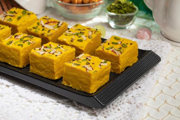 インドの有名な甘い食べ物soanhalwaまたはsohanpapri