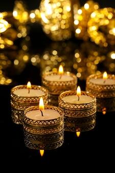 Индийский фестиваль дивали, свеча