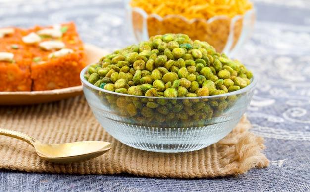 Indian namkeen snack food masala green peas