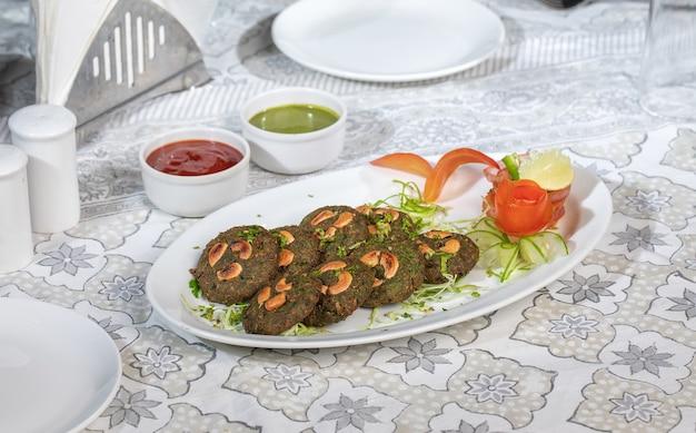 인도 레스토랑 음식 요리 비트루트 카와브