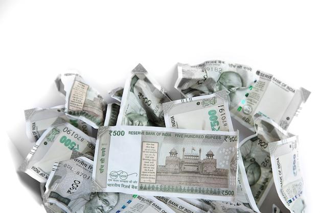 インドルピー、500のお金の背景、収益の財務概念。