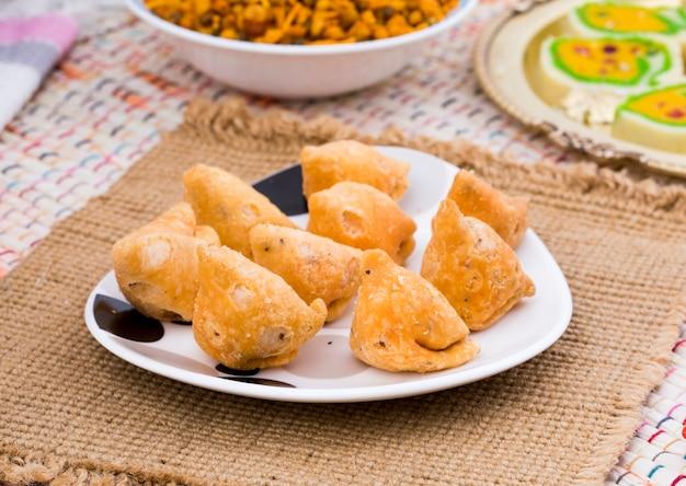 Indian spicy food samosa