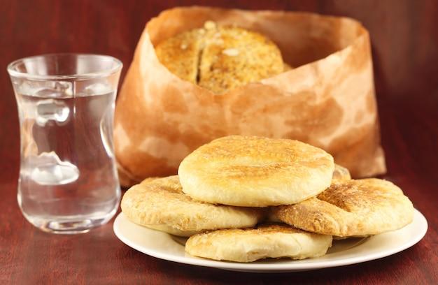 バカルカニという名前のインドの屋台の食べ物