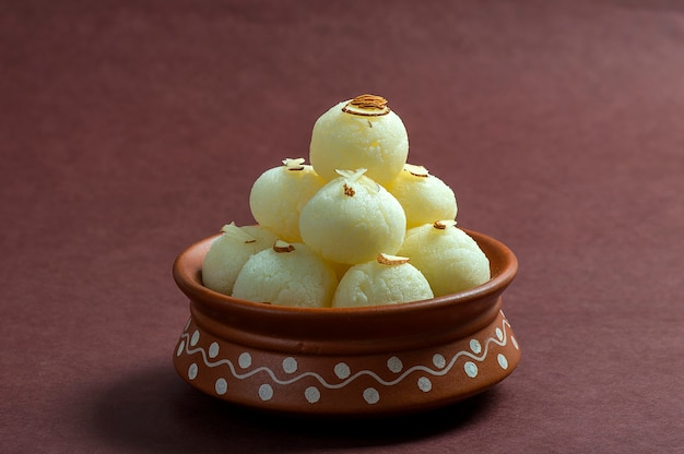 Indian sweet - rasgulla in clay pot