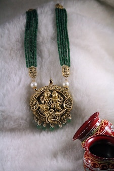 Indian temple jewellery gold