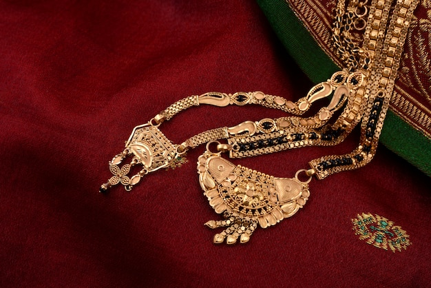 Indian traditional pendent for wedding