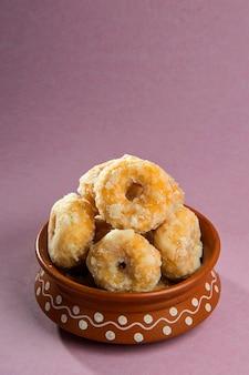 인도 전통 달콤한 음식 balushahi