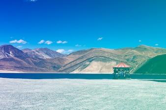 Indian Travel Destination Lake Mountain Landscape