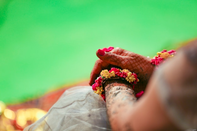 インドの結婚式のブライダルハンド