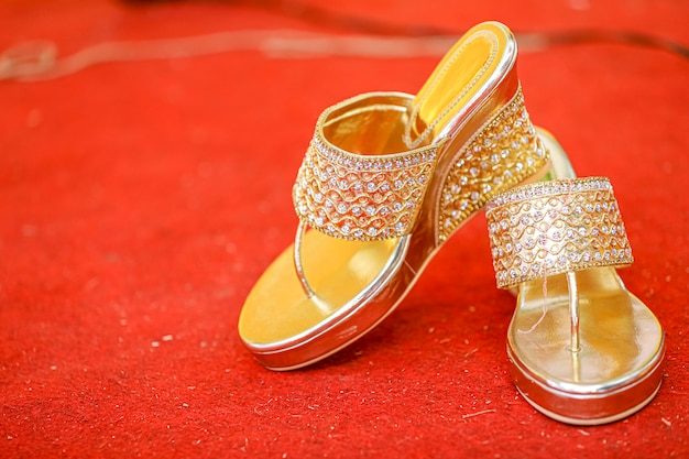 인도의 결혼식 : 인도 신부 세련된 신발