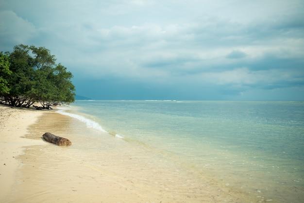 Индонезийский пляж