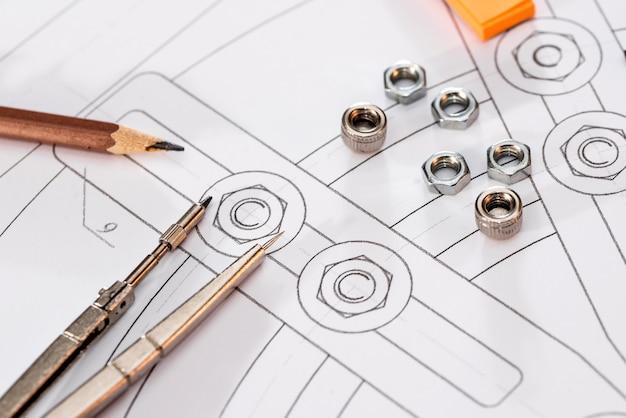さまざまな描画ツールを使用した工業製図