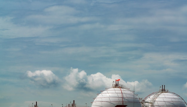 Industrial gas storage tank. lng or liquefied natural gas storage tank. spherical gas tank in petroleum refinery. above-ground storage tank. natural gas storage industry.