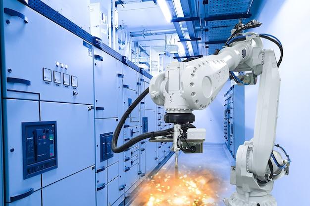 산업 기계 개념, 공장의 로봇 팔