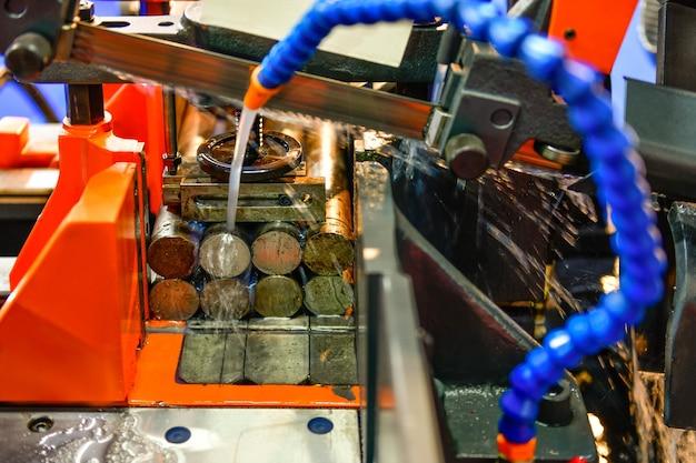 산업용 금속 가공 절단 공정 cnc 선반 기계의 원료