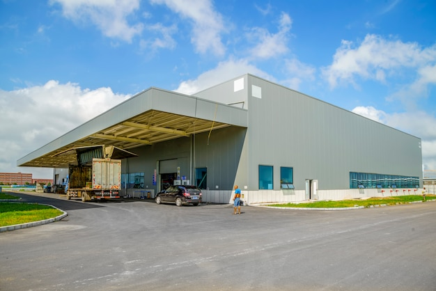 Parco industriale, fabbrica, magazzino