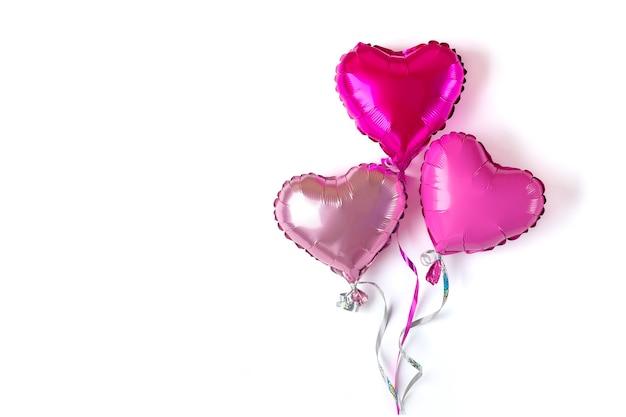 分離された心臓の形をした膨張式バルーン