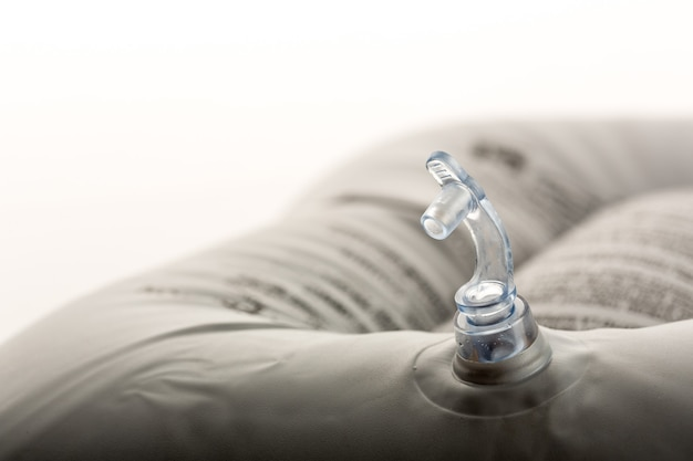 밸브가있는 팽창 식 목욕 쿠션