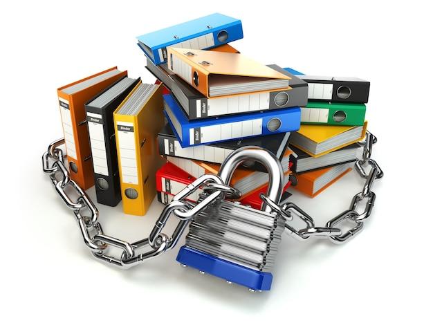 情報保護。ファイルフォルダとロック付きチェーン。データとプライバシーのセキュリティ。 3d