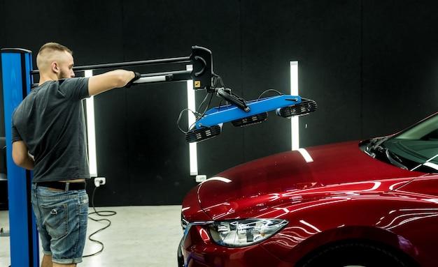 Инфракрасные лампы для сушки кузовных деталей автомобиля после нанесения защитного глянцевого покрытия