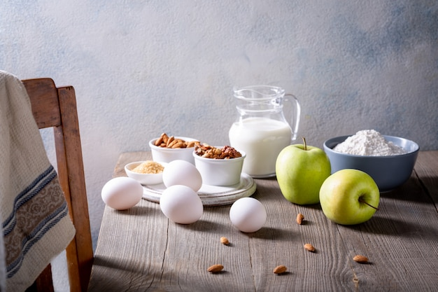 Ingredients for apple pie. the recipe for an american pie with apples.