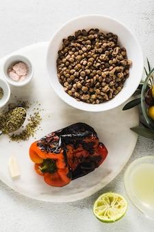 レンズ豆のサラダを調理するための材料