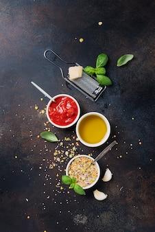 豆類のベジタリアンミックスを調理するための材料