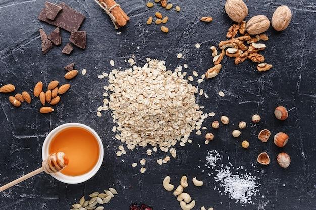 Ингредиенты для вкусной и полезной эко-гранолы