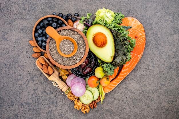 Ингредиенты для выбора здоровой пищи.