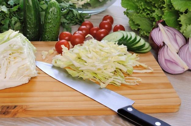 여름 야채 샐러드 재료
