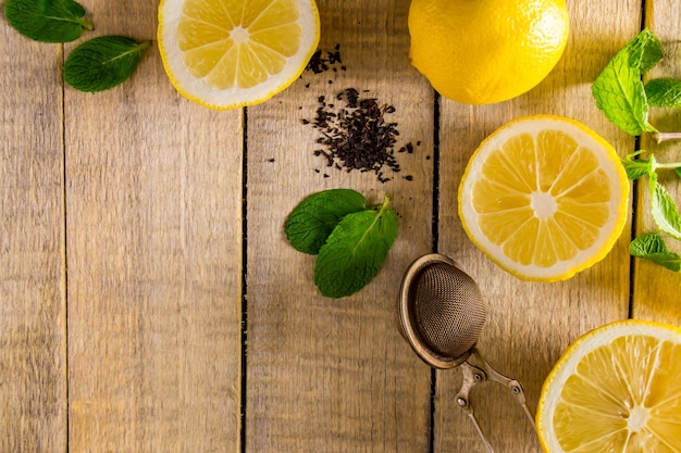 Ingredients for lemon and mint tea