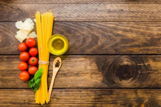 Ingredients for spaghetti preparation