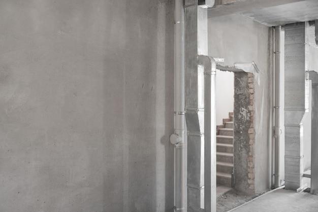 마무리 작업을위한 건물의 초기 준비. 회 반죽 벽. 방의 기본 수리