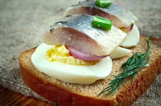 Подоконник inlagd - деликатес в европе, стал частью балтии, скандинавии, голландии, германии.