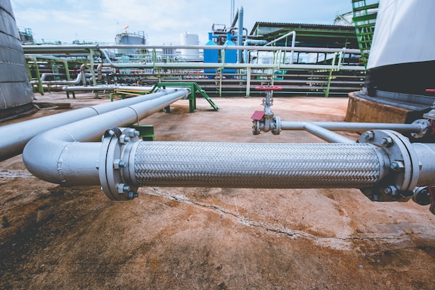 산업용 화학 물질용 스테인리스 스틸 주입구 파이프 호스. 플랜지 배관 시스템 유동 탱크용 플렉시블 호스